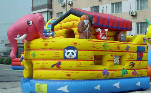 funtimeinflatablesnc-NoahsArk-bouncehouse-rental